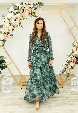 Ivy- Green Strokes Flare Maxi Dress