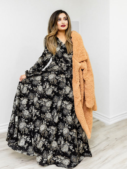 Black and White Flower Print Maxi Dress