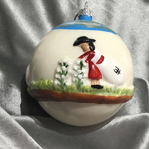Cotton Picking Round Ball Ornament