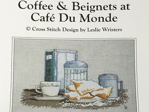 Coffee & Beignets at Cafe' du Monde