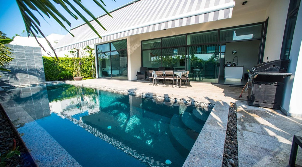 3 bedroom pool villa jacuzzi_201026_2.jp