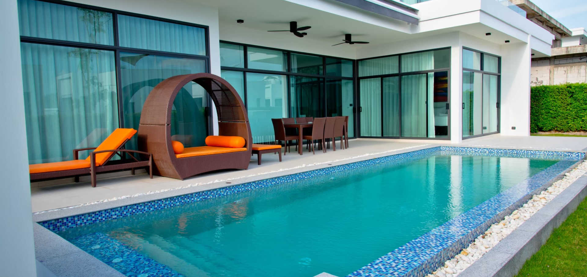 3 bed pool villa_201026_16.jpg