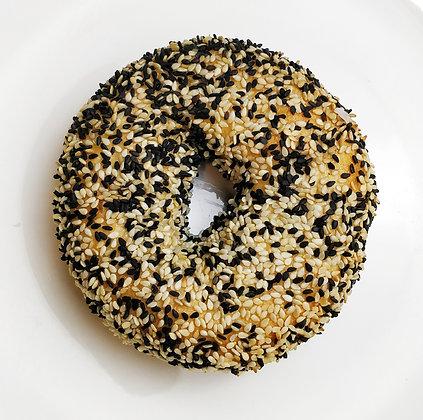 Black & White Sesame Bagel