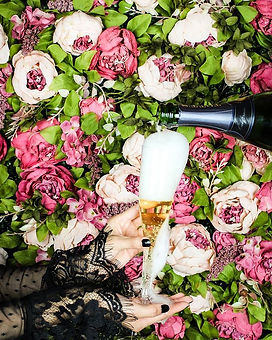 Clink clink ! Our flower walls are perf