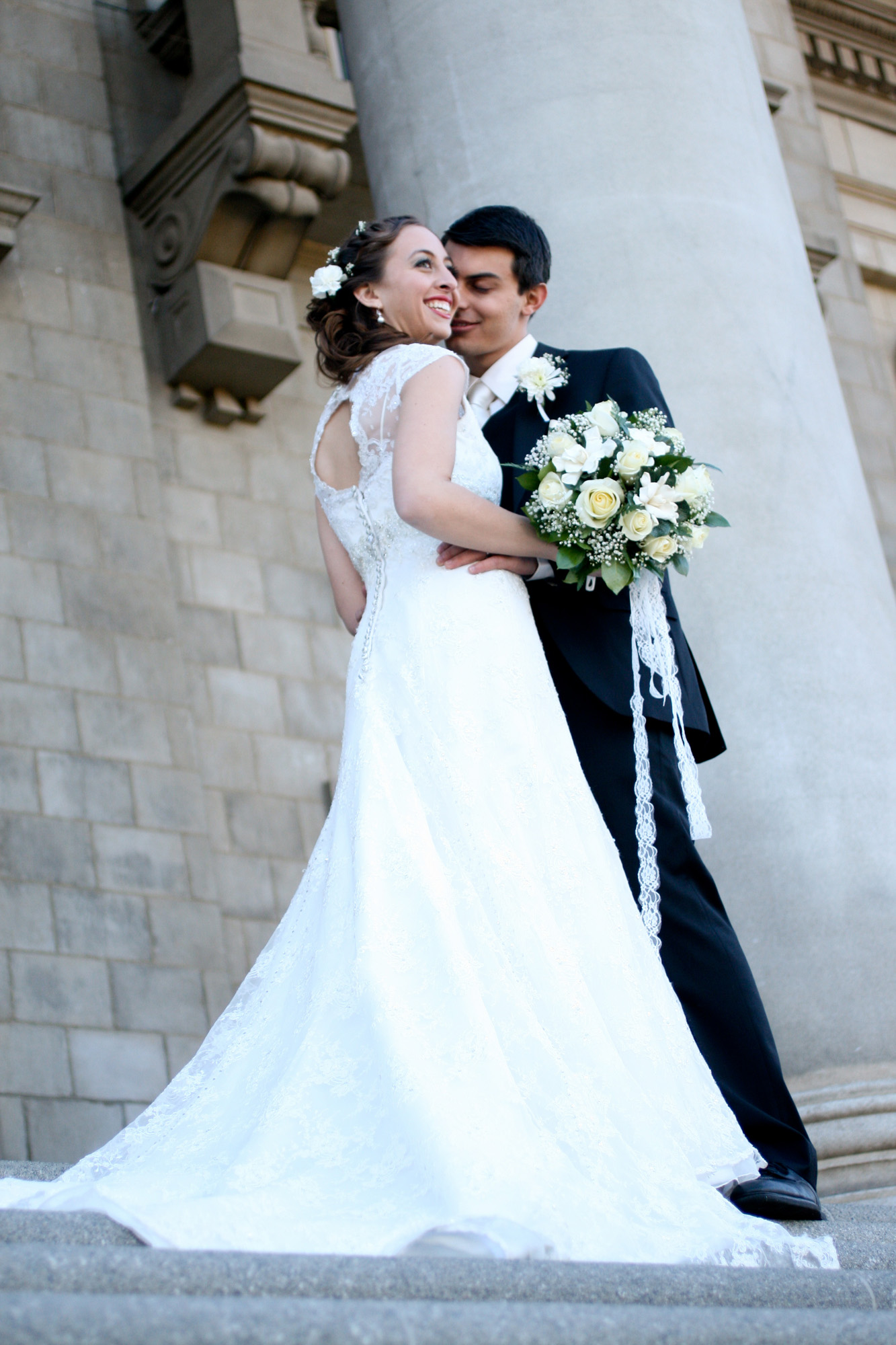 architecture framing bride and groom