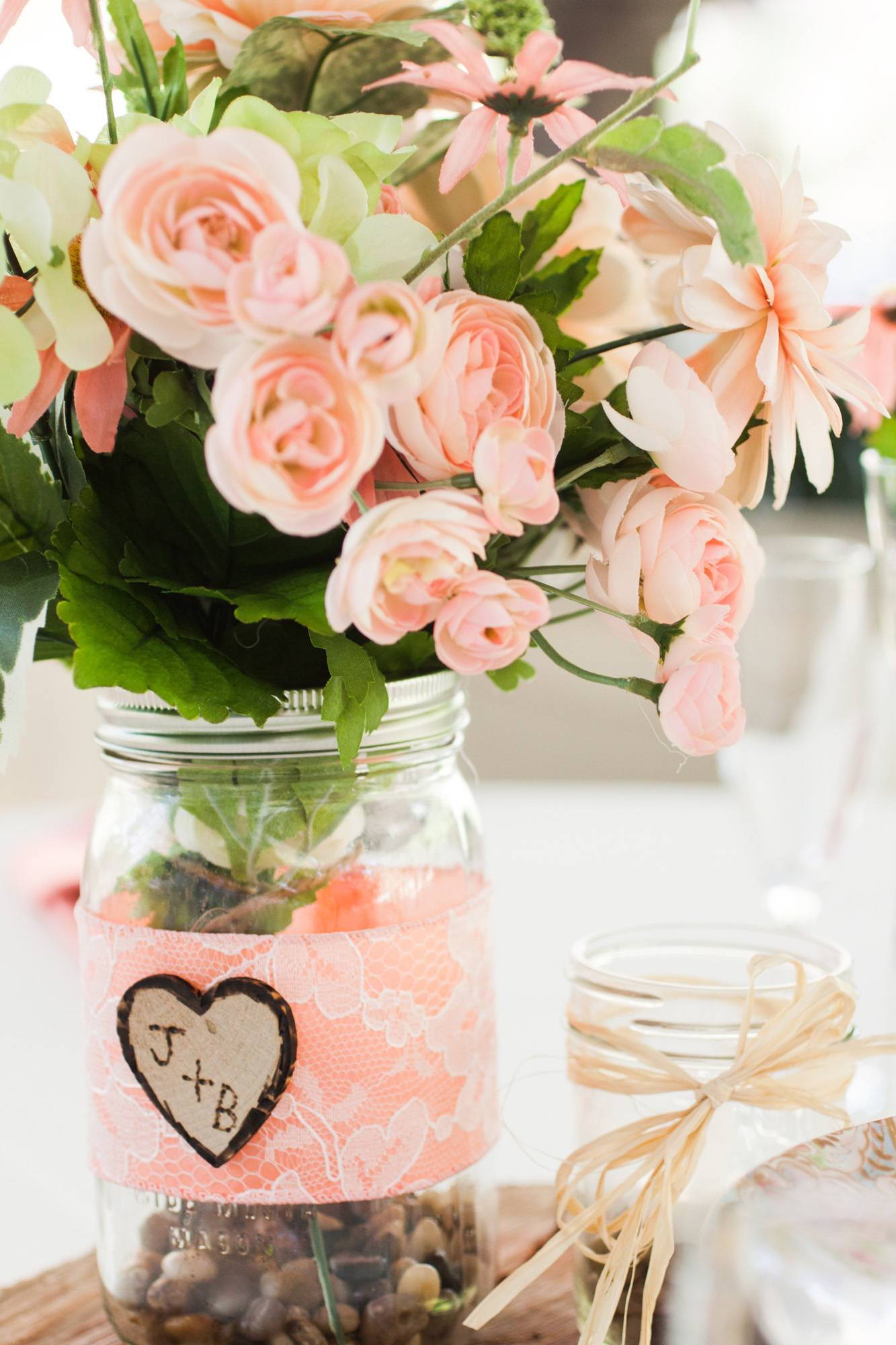centerpieces | peach and mason jars