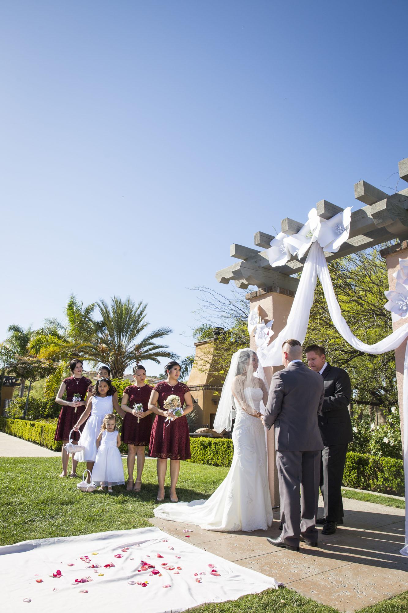 Outdoor archway ceremony