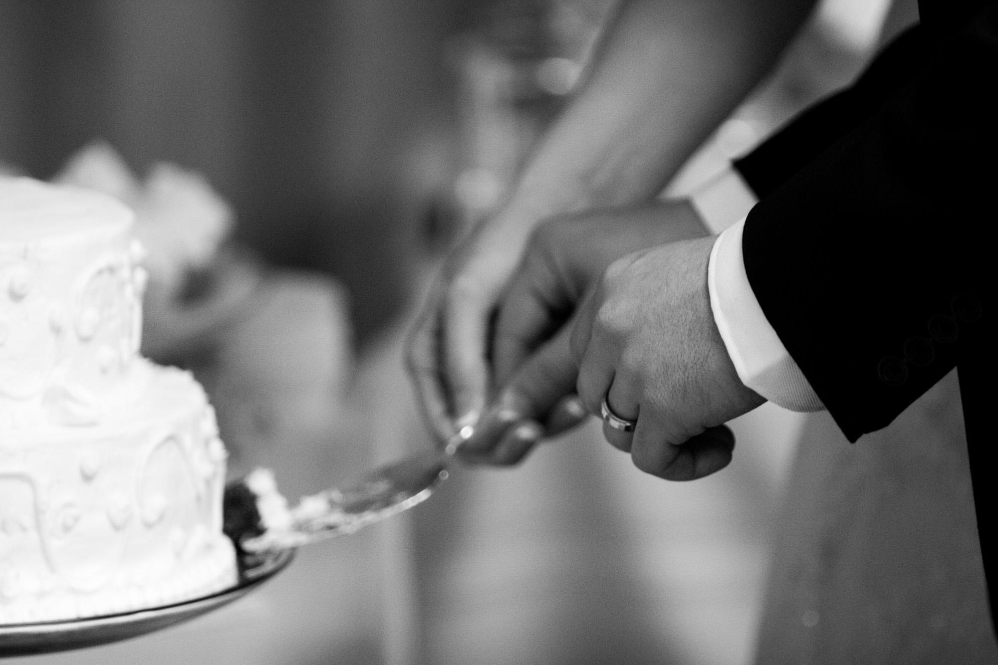 black and white cake cutting