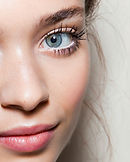 blue-eyes-mascara.jpg