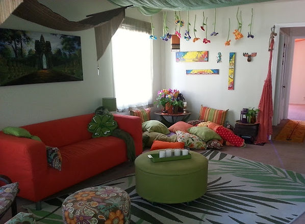 Whimsical,playfull,reclaimed, living,room