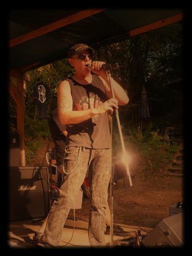 Ken Vocals