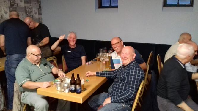 Brethren enjoying the night over a few beers.