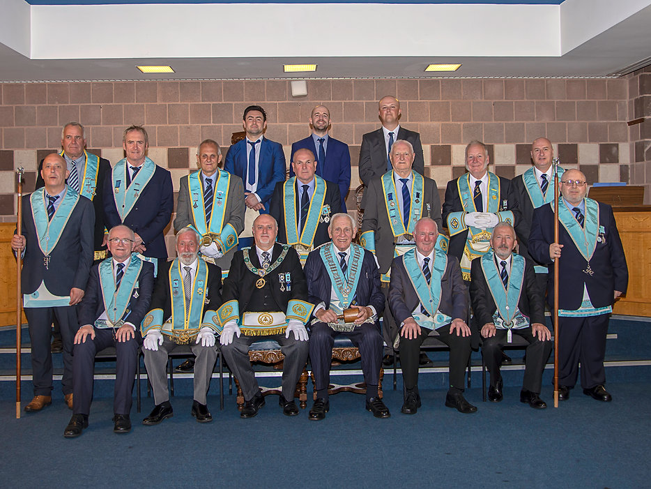 'W.M. Neil Ritchie accompanied by the R.W. Bro. John Edens, Provincial Assistant Grand Master, Grand Lodge & Provincial Grand Lodge Officers, Elected Members of the Grand Lodge of Instruction, Lodge Officers and Abbey 180' s three new Entered Apprentices.