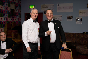 Past King, E.Comp Gary Spiers presenting the Past Kings Jewel to the Excellent King Ian Eachus.
