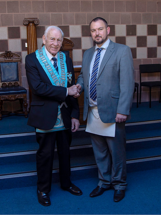 W.M. Neil Ritchie welcoming Abbey 180's latest EA, Bro. Gareth Moody