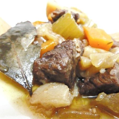 תבשיל בשר וירקות