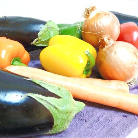סלט חצילים (ושאר ירקות)