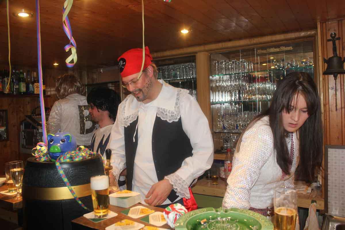 HTV Feier in der Bar_19.02.12-3