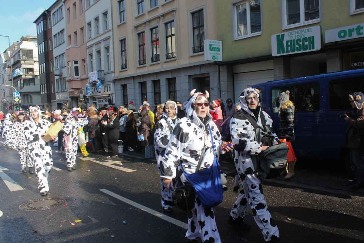 Rosenmontagszug in Aachen_20.02.12-157