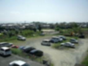 村上勉駐車場1.JPG