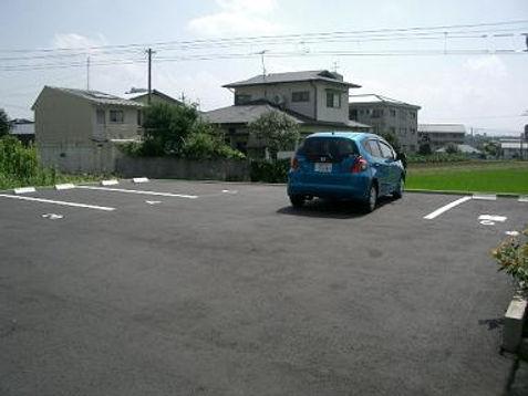 石川駐車場舗装1.JPG