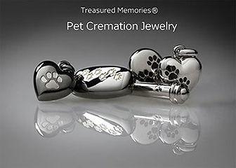 pet-collection---group-photo-web-version