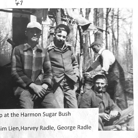 1947 sap boiling crew.JPG