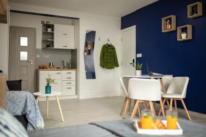 Apartment 3 (24).jpg