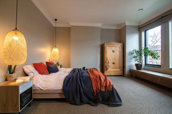 Bedroom 1 (5).jpg