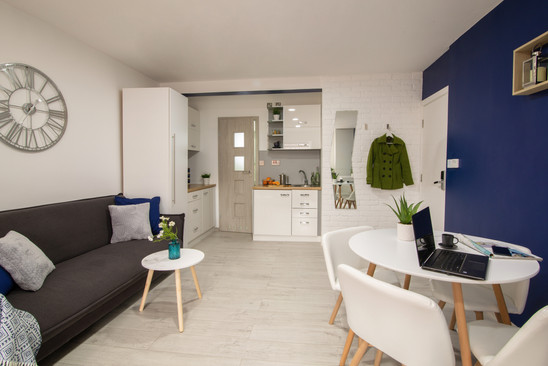 Apartment 3 (6).jpg