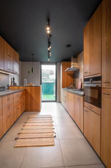 Kitchen (5).jpg