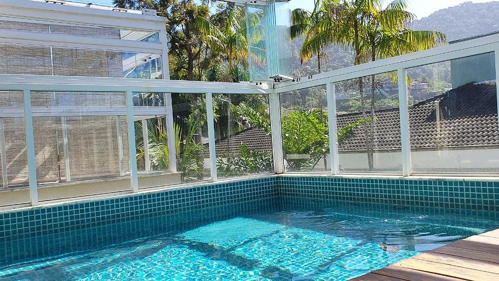 Condomínio de Altíssimo padrã á venda na Praia de Juquehy
