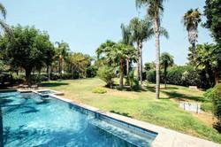 Den pool