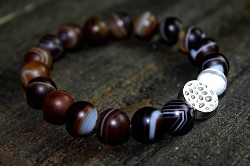 Brown and white Agate