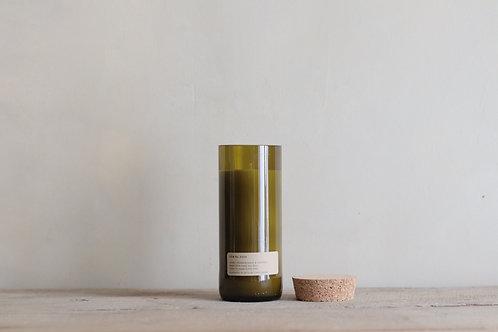 Frankincense + Patchouli Loft Candle   |  נר סויה לבונה + פצ'ולי