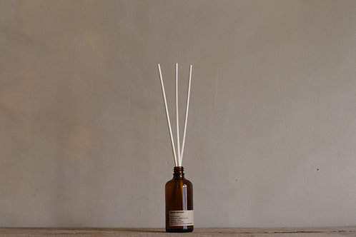 INDIAN VETYVER REED DIFFUSER 100 ML.