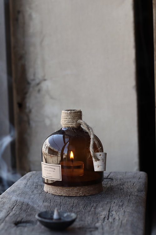 CANDLE/ TEALIGHT HOLDER