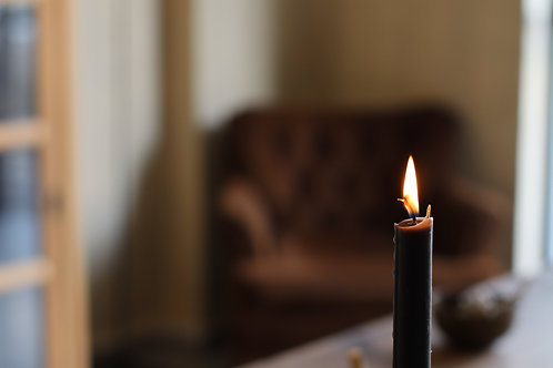 BLACK ORGANIC BEESWAX DINNER CANDLES