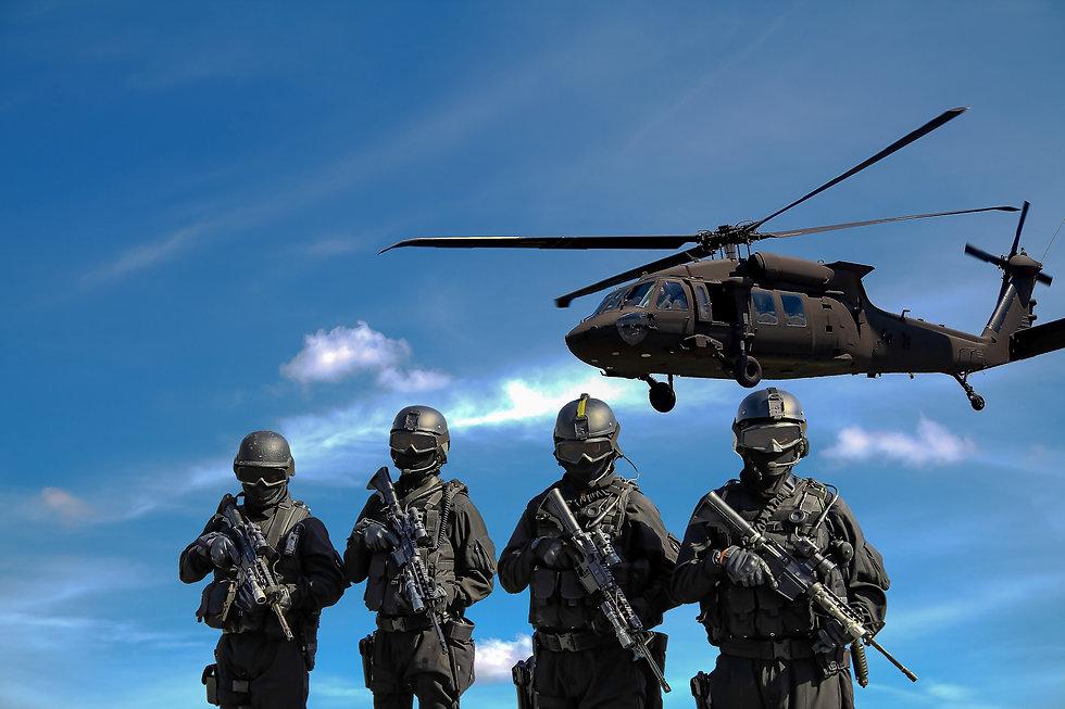Garde_nationale_avion_soldats.jpg