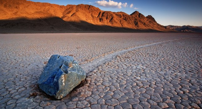 rock-desert-death-valley-national-park-california-usa_main