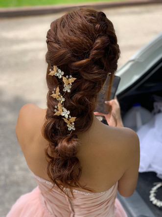 One of my favourite hairstyle- Calgary Wedding