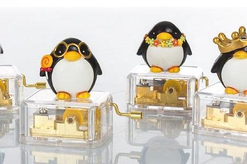 Pinguino su carillon 4 assortiti bomboniere Nascita Battesimo
