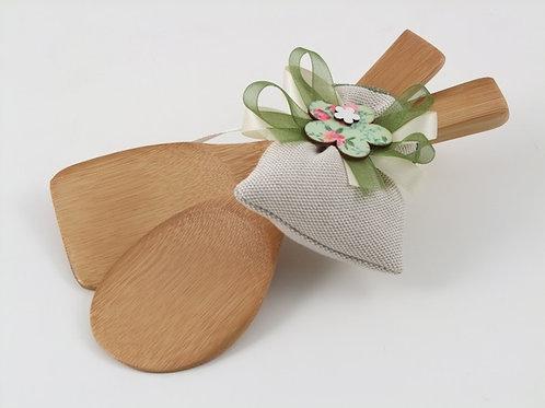 Coppia posate fiore legno cuore matto, bomboniera matrimonio