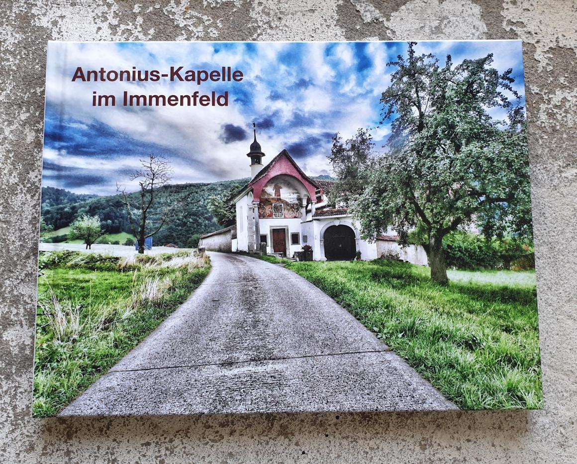 Kapellenbuch Immenfeld Titelseite.jpg