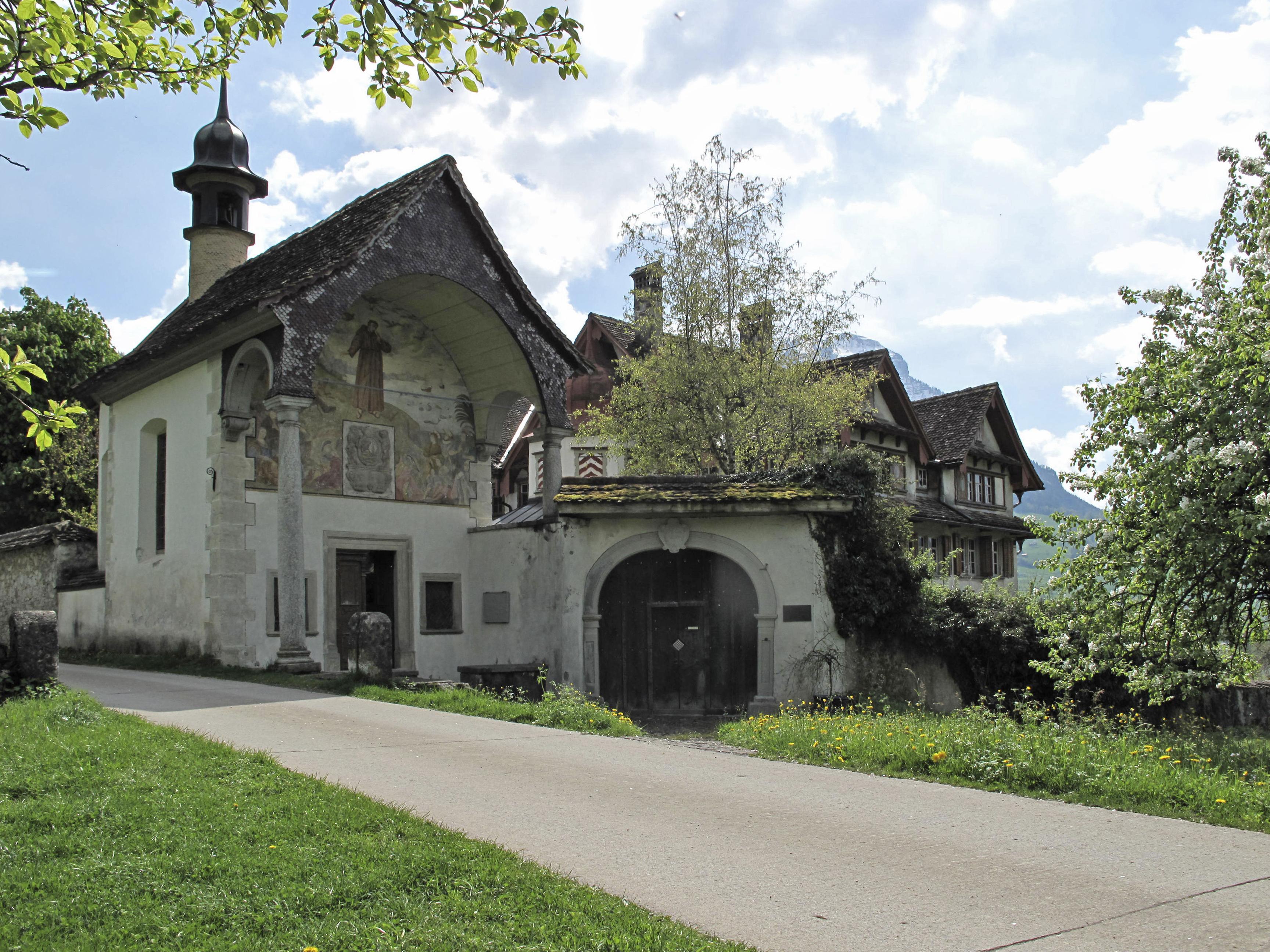 Kapelle Haus Eingang