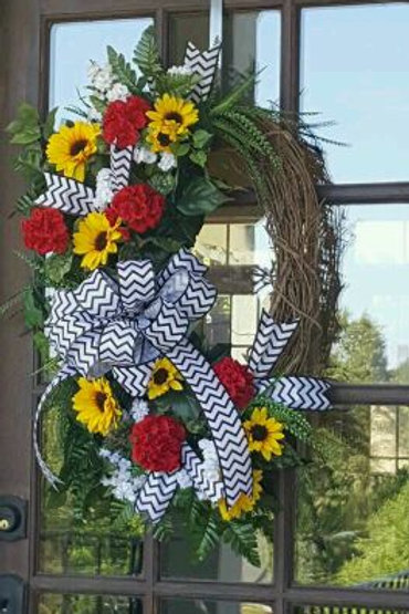 """ Daisy Garden"" Wreath"