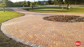 Circle driveway