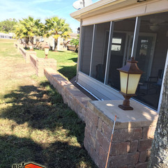 Retaining wall with Columns
