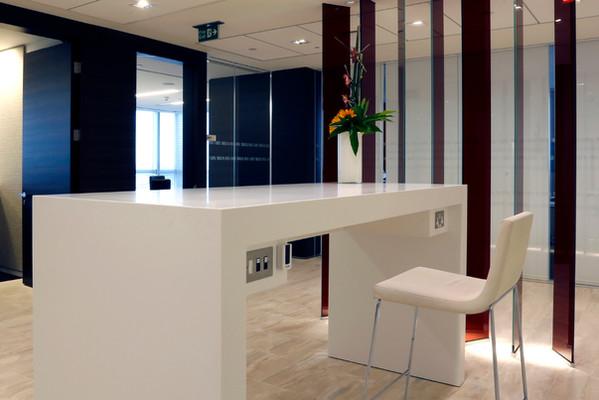 Desk_1200x800.jpg