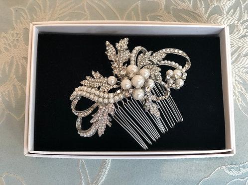 Vintage 1920's Pearl & Diamanté Comb
